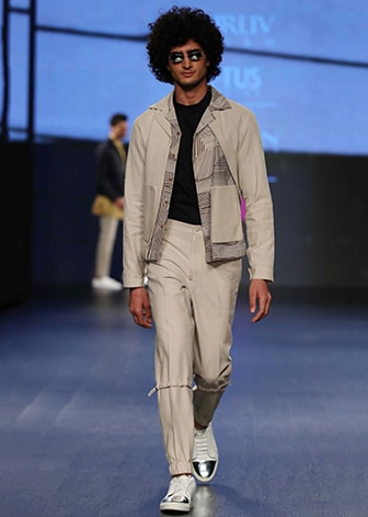 DHRUV VAISH-STRAIGHT OFF THE RUNWAY