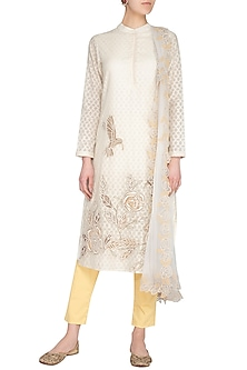 White Embroidered Kurta Set by 5X by Ajit Kumar
