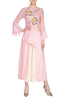 Blush Pink Embroidered Kurta With Flared Pants by 5X by Ajit Kumar