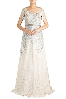 White Chikankari Embroidered Jacket Lehenga Set by Aarti Mahtani