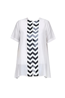 Ivory Zigzag Panel Loose Top by Amit Aggarwal