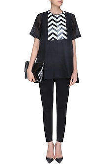 Black Zigzag Panel Loose Top by Amit Aggarwal