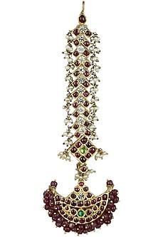 Gold Leafing Kempstone and Pearls Crescent Maang Tikka by Aaharya