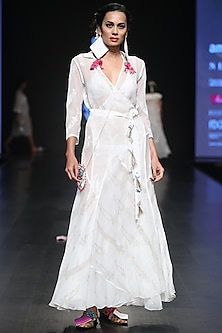 White Chikankari And Sequins Embroidered Wrap Maxi Dress by Anupamaa Dayal
