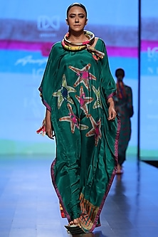 Emerald Green Printed Kaftan by Anupamaa Dayal