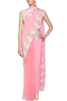 Pink embroidered saree set by Aharin India
