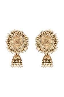 Gold Finish Kundan & Pearls Carved Jhumka Earrings by Anjali Jain
