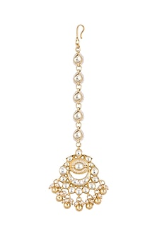 Gold Finish Kundan Pearl Maang Tikka by Anjali Jain