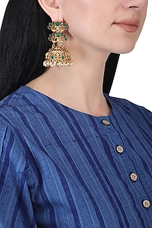 Gold plated onxy and pearls jhumki earrings