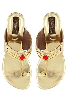 Golden pencil heels kolhapuri by Aprajita Toor