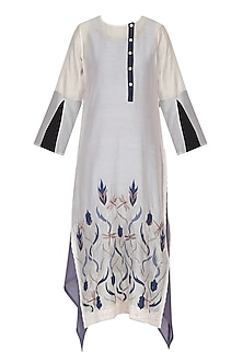 White Dragon Fly Embroidered Tunic