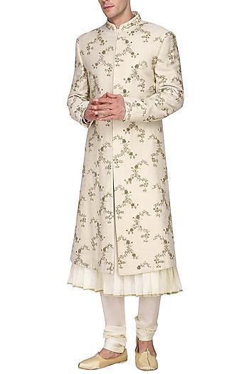 Off white kurta set with embroidered sherwani by Amaare
