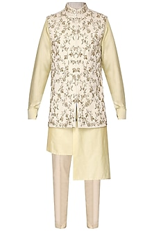 Golden and off white kurta set with embroidered nehru jacket by Amaare