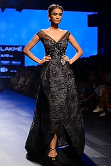 Black Mullet Lace Work Tube Neck Gown