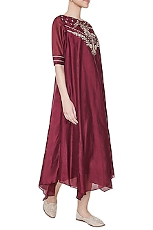 Wine Chayana Embroidered Tunic by Anita Dongre