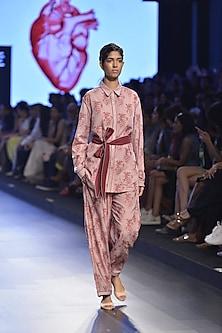 Bobbi beige heart embroidered motif shirt by Aiman