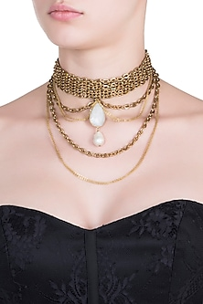 Gold plated pendant choker necklace