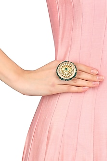 Gold Finish Kundan Round Ring
