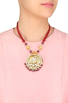 Gold Finish Kundan Pendant Red Thread String Necklace