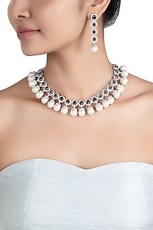 Silver plated faux diamonds and pearl necklace set