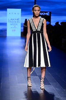 Black and off White Box Pleated Dress