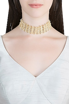 Gold Finish Kundan Choker Necklace by Auraa Trends