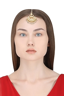 Gold Plated Kundan Stones and Pearl Crescent Maangtika by Auraa Trends