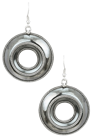 Auraa Trends Silver Finish Center Earrings