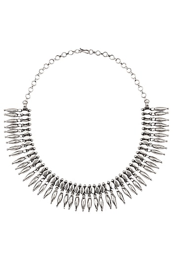 Auraa Trends Necklaces