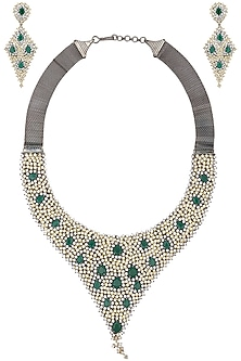 Gold and Antique Finish Diamond and Emerald Necklace Set by Auraa Trends