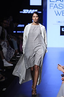 White and grey striped kurta