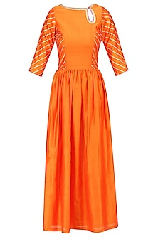 Orange Gota Patti and Sequins Embroidered Kurta with Pink Dupatta by Ayinat By Taniya O'Connor
