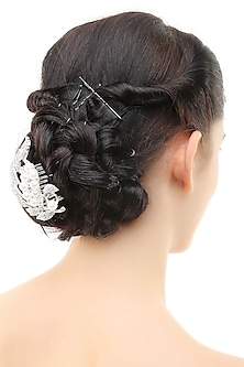 Rhodium plated crystals and pearls petal pattern metal haircomb by Bansri