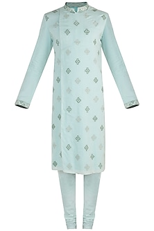 Aquamarine embroidered kurta set
