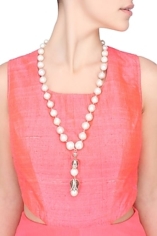 Baroque pearls and studded two tulips string necklace by Blue Lotus By Ritu Kapur