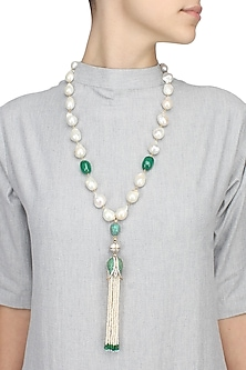 Baroque pearls and green semi-precious stones tulip string necklace