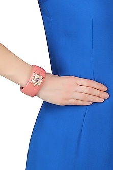 Rhodium Plated Coral Star Design Bangle