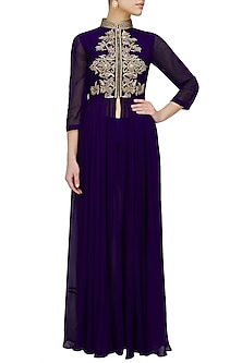 Purple zardozi embroidered drape jacket and palazzo pants set by Chhavvi Aggarwal