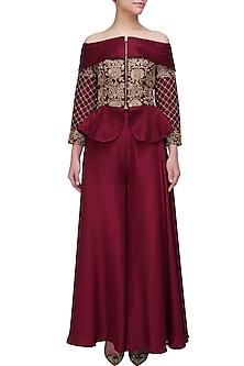 Maroon threadwork embroidered peplum jacket and palazo pants set by Chhavvi Aggarwal