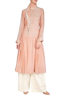 Peach Kurta With Pants & Chequered Scarf by Chillosophy