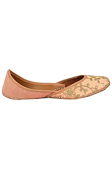 Peach Embroidered Juttis by Coral Haze