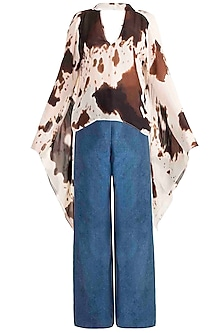 Brown Printed Top With Flared Denim Pants by Deme by Gabriella
