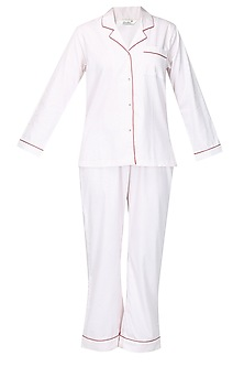 White and red dot printed nightsuit set