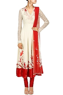Biscuit Beige and Red Thread Embroidered Kurta Set by Dilnaz Karbhary