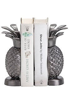 Antique Silver Aluminium Pineapple Bookends (Set of 2) by Sammsara