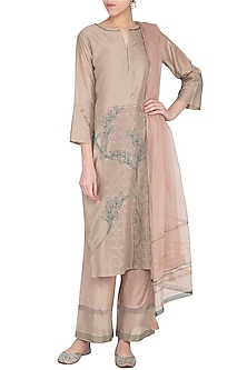 Sand Embroidered Kurta Set by Devnaagri