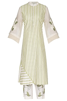 White & Green Embroidered Printed Kurta Set by Devnaagri