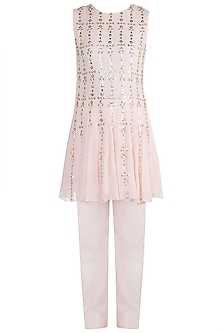 Blush Pink Embroidered Kurti With Pants by Diya Rajvvir
