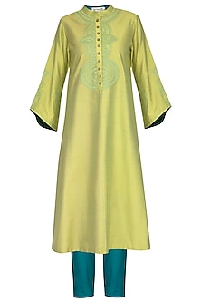 Green Embroidered Printed Kurta Set by Devnaagri