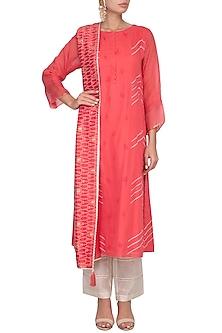 Red Embroidered Printed Kurta Set by Devnaagri